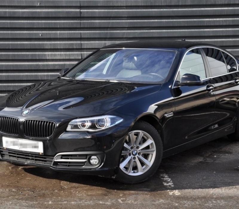 Аренда автомобиля BMW 5-series с водителем в Казани