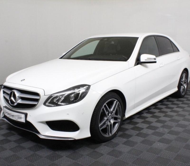 Аренда автомобиля Mercedes-Benz E-class с водителем в Казани