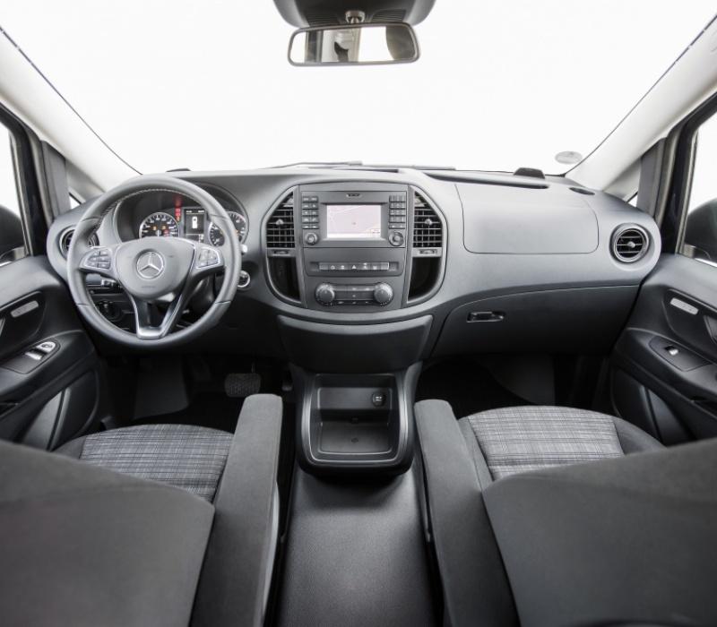 Аренда минивэна Mercedes-Benz Vito с водителем в Казани
