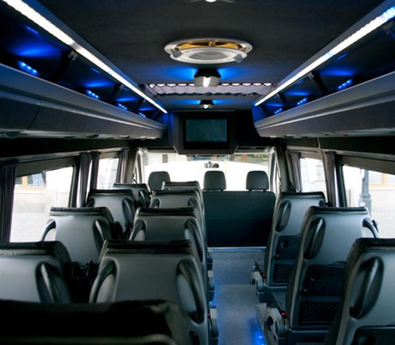 Аренда микроавтобуса Mercedes-Benz Sprinter 515 с водителем в Казани