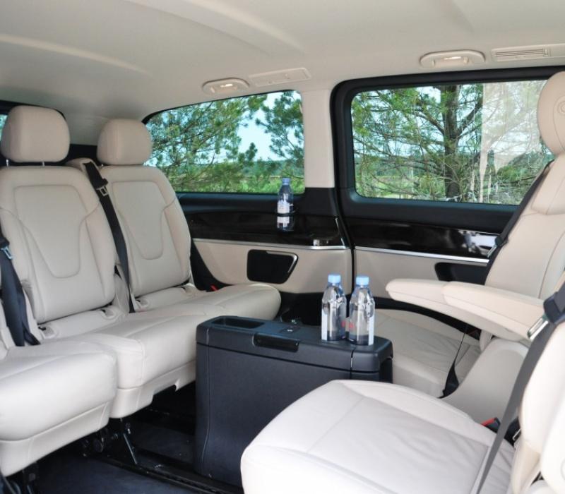 Аренда минивэна Mercedes-Benz Avangarde V 250 d с водителем в Казани