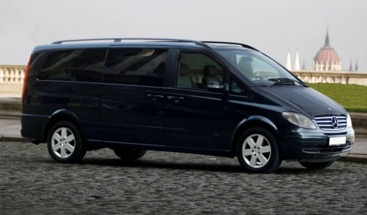 Аренда минивэна Mercedes-Benz Viano с водителем в Казани